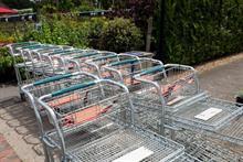Footfall struggles at retailers