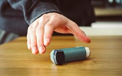 High prescribing of short-acting reliever inhalers 'suggests asthma guidance not being followed'