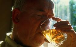 Alcohol dependence treatment accepted for NHS use