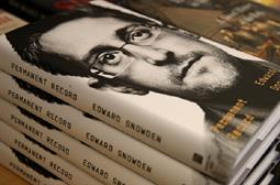 US Justice Dept. sues Snowden over book release
