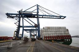 Docker Hub database access compromises 190,000 accounts