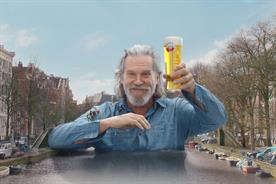 Jeff Bridges becomes bridge across Amsterdam canal in Amstel campaign