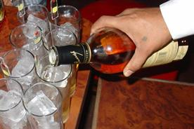Alcoholic drinks: pressure mounting on drinks industry to introduce calorie labelling