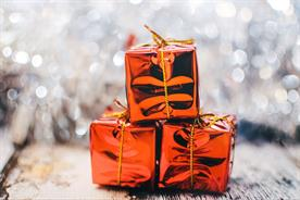 Unwrapping the power of dark social at Christmas time
