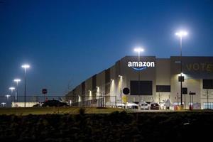 Amazon workers vote against unionizing Alabama warehouse