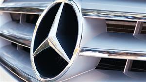 Mercedes-Benz consolidates PR, marketing with Omnicom