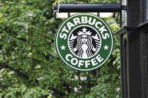 Comms execs weigh in on Starbucks' decision to shutter stores for racial-bias training