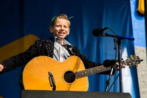 How Wal-Mart capitalized on the 'yodeling boy' craze without stepping on any cowboy boots