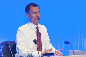 Hunt admits government is struggling to recruit 5,000 more GPs by 2020