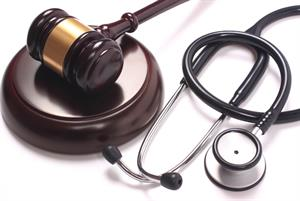Government backs cap on legal fees in clinical negligence cases