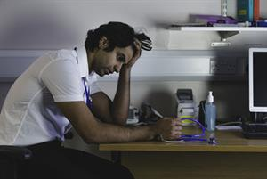 Excessive workload for doctors in training puts patients at risk, GMC warns