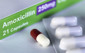Antibiotics 'prescribed for too long' in 80% of respiratory infections
