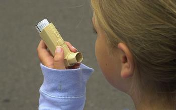 Updated BTS/SIGN asthma guidance recommends quadrupling inhaled steroid dose to treat an attack