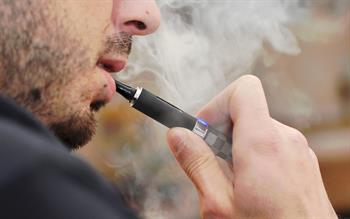 Vaping still safer than smoking, say health bosses after report of severe lung injury