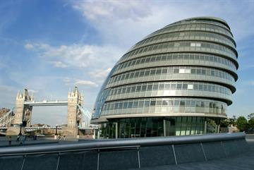 London mayor urges government to reverse public health cuts