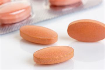 Statins cut coronary heart disease deaths by 28% in men with high cholesterol