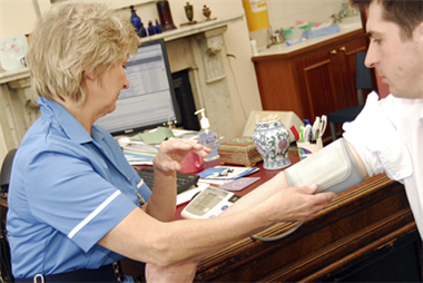 Nurses 'should be role models for healthy living'