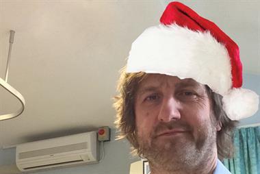 Dr Tom Jones: Twas the night before D301:1 (a festive Read code poem)