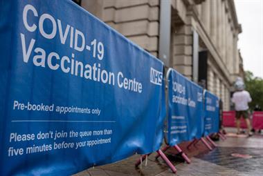 Covid Boosters从9月份在高风险群体中开始流感刺戳