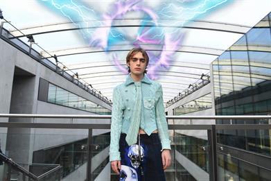 Three delivers 5G mixed-reality catwalk at London Fashion Week