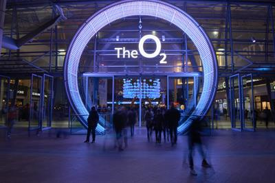 O2 entrance comes to life for '#Followtherabbit' campaign