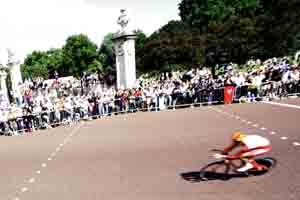 Tour de France returns to UK for 2014