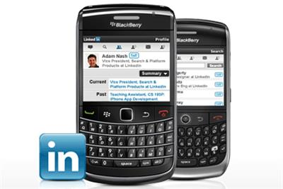 LinkedIn launches BlackBerry app