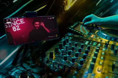 EE partners Beatport for 5G-powered club nights