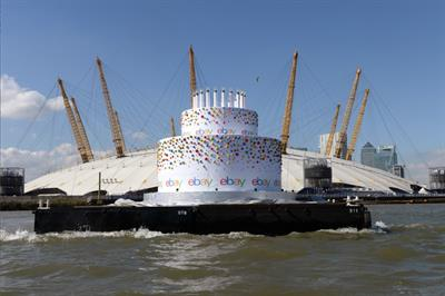 In pictures: Ebay sends oversized birthday cake down the Thames