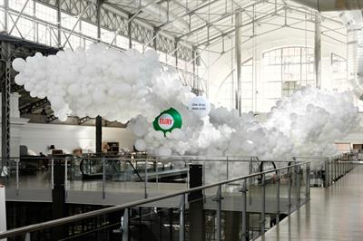 Event TV: Fairy brings to life Bubbles Project with art installation