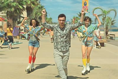 Inbetweener Simon Bird stars in new Post Office campaign