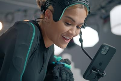 Rita Ora joins Kevin Bacon to showcase EE's 5G service in 'skyline gig' spot