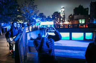 Event TV: Samsung lights up Times Square and the High Line