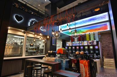 Event TV: Taco Bell's Las Vegas store featuring 'Vegas Touches'