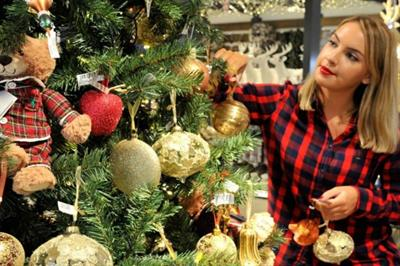 John Lewis hosts Christmas tree masterclasses
