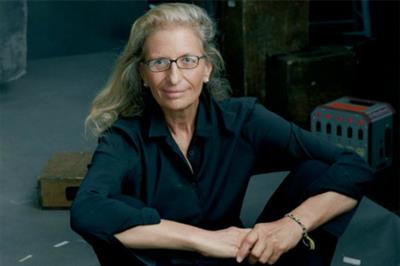 UBS commissions Annie Leibovitz for global photography exhibition