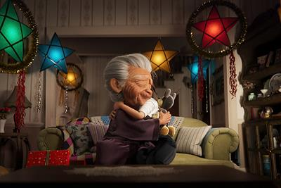 Disney tells heart-warming story about family traditions in Christmas campaign