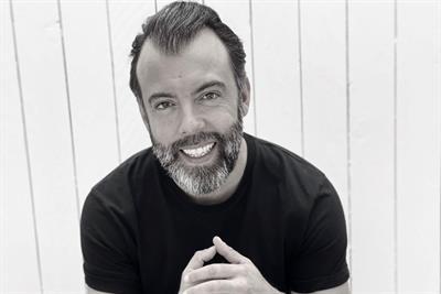 Denstu raids FCB for global creative chief