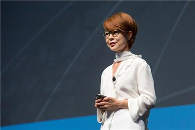 Samsung CMO vies to make her brand more human than Apple