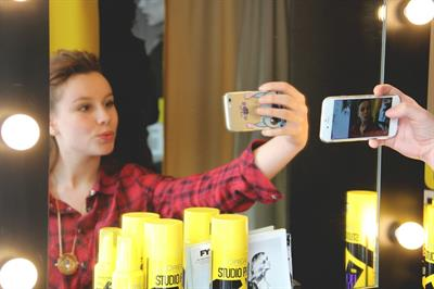 Eventographic: L'Oreal Paris' - Styling station