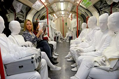 In pictures: Dulux stages colourless commuter stunt