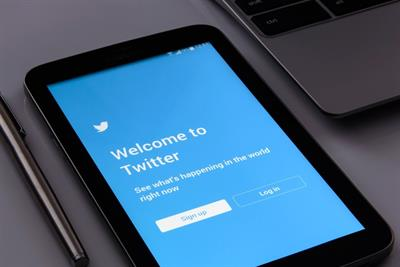 Twitter beats expectations despite YOY ad revenue slowdown