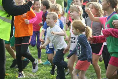 Warburtons teams up with Parkrun for junior running events