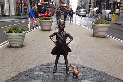 State Street sticks to the script after uninvited guest joins Fearless Girl