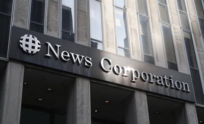 News Corp strikes historic deal with Google to get paid for news