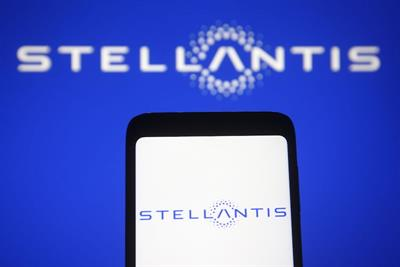 Publicis Groupe beats out WPP for Stellantis global media account