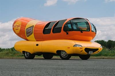 Oscar Mayer offers night in Wienermobile with Airbnb