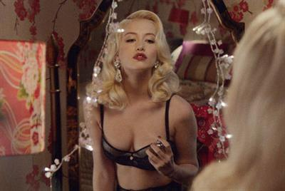 Debenhams 'Christmas made fabulous' by JWT London