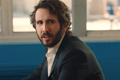 Josh Groban sings an ode to Bush's Beans
