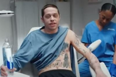 'SNL' star Pete Davidson turns over a new leaf with Smartwater